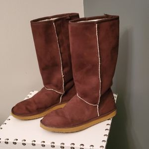 Union Bay Boots ~ Size 6